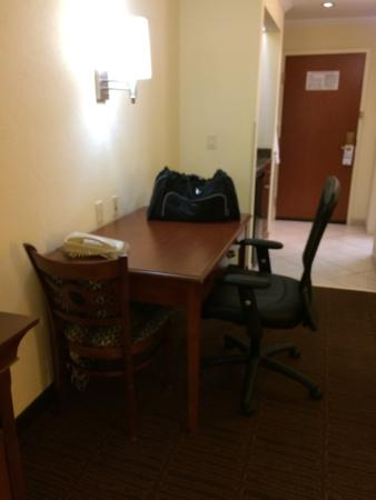 Holiday Inn Express Hotel & Suites Tucson Mall: photo2.jpg