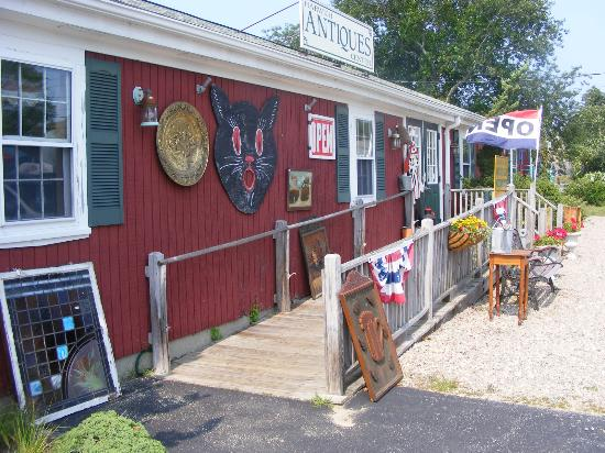 West Harwich, MA: 2 buildings chock full of great antiques, vintage and collectibles!