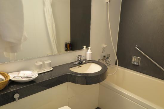 fin och ren badrum picture of hotel sunroute ariake koto rh tripadvisor com