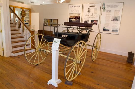 Moncks Corner, Carolina del Sur: Hundreds of artifacts on dsiplay- covering everything from plantation life to modern age!