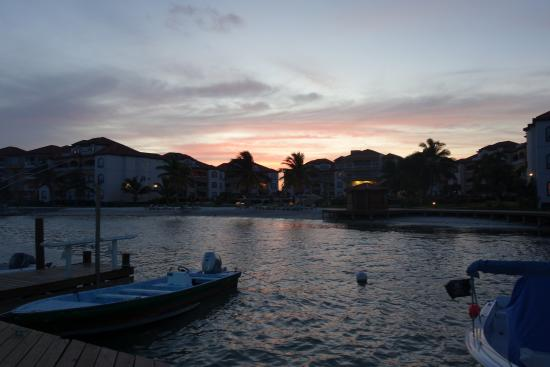 Grand Caribe Belize Resort and Condominiums: View from the dock at night