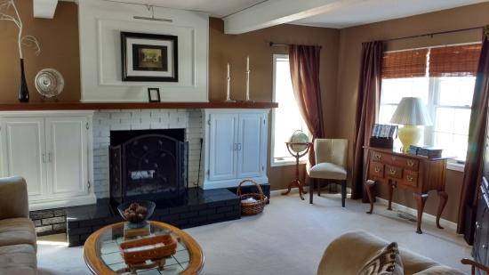 The Burr House: Guests' Living Room