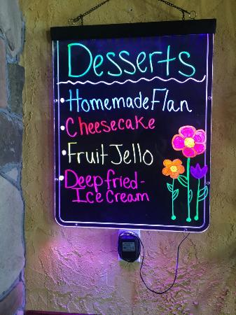 Toppenish, WA: The perfect desserts for your sweet tooth! The homemade deep fried ice cream is perfect for the