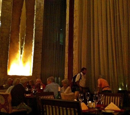 Zachary's Restaurant: Sala dello Zachary's