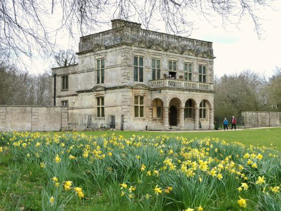 Northleach, UK: Lodge Park in the spring