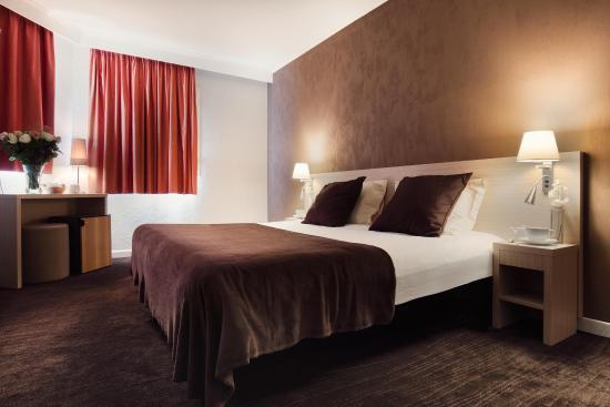 Hotel de l'Etoile: Chambre double (avec baignoire ou douche)