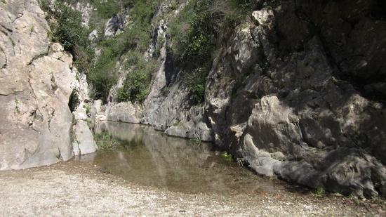 Notre Dame du Cros : In spring there's still water in the gorge