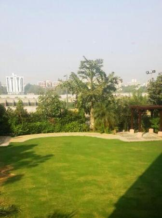 Sarovar Portico Ahmedabad ภาพถ่าย