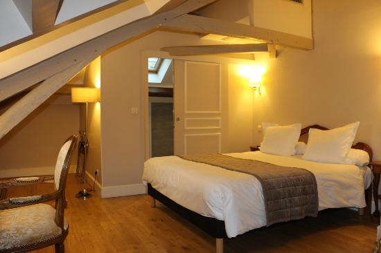 Hotel Jean Moet: Chambre Mansardée