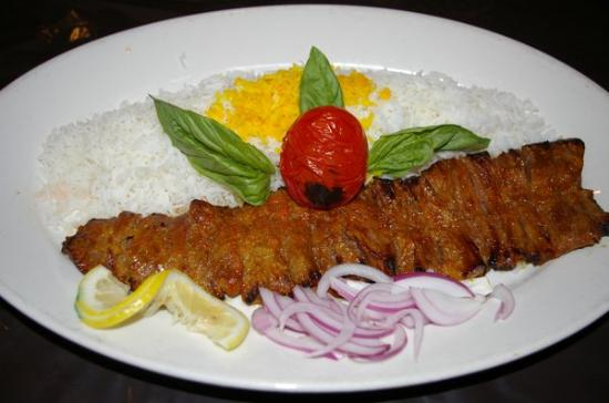 Sultani Restaurant: tender filet generous portion