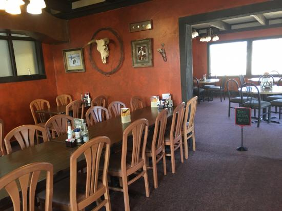 Hanksville, UT: Dining Room at Duke's SlickRock Grill