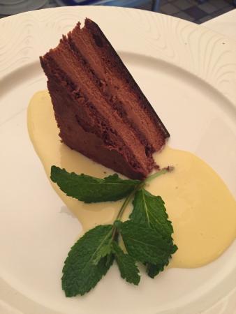 Carnegie Inn & Spa Restaurant: Chocolate Torte