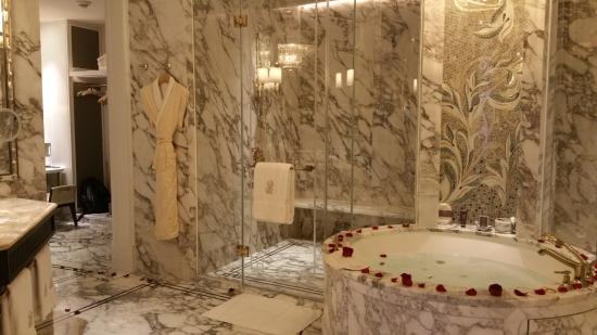 Ritz Carlton Macau....Second to None, A Dream Come True!