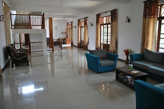 shadow inn guest house picture of shadow inn guest house ella rh tripadvisor com