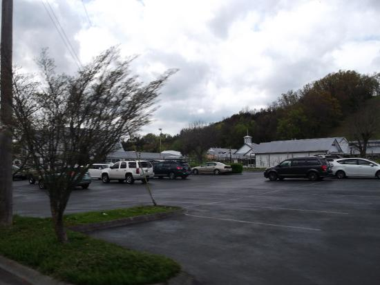 the apple barn and cider mill picture of the apple barn and cider rh tripadvisor com