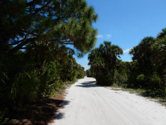 Boca Grande, FL: walking the tramway