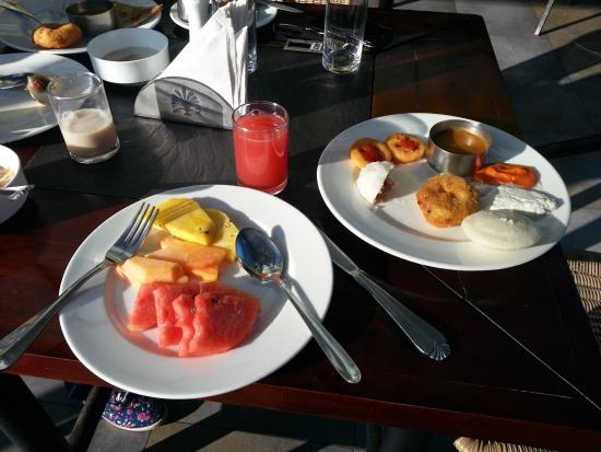 Westwood Riverside Garden Resorts: Wide choice of breakfast items