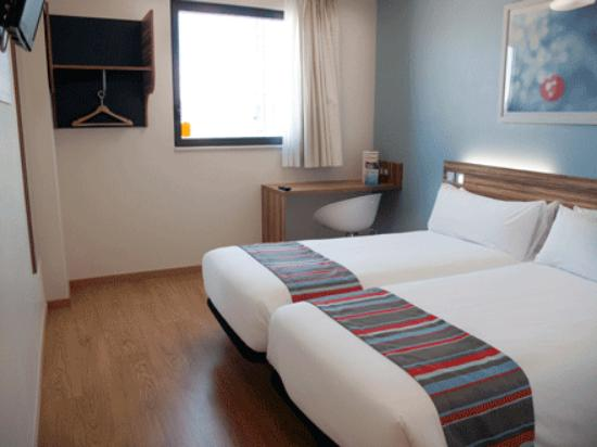 Travelodge Madrid Alcala: Twin room