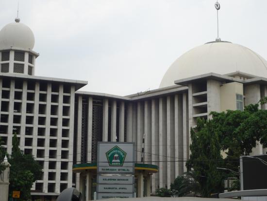 Masjid Istiqlal Picture Of Istiqlal Mosque Jakarta Tripadvisor