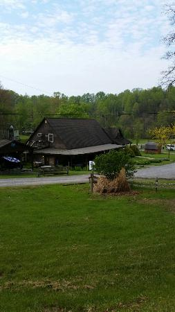 Cantrell Ultimate Rafting: Cantrell's Campground
