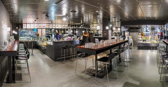 Globus Geneva: Food Hall