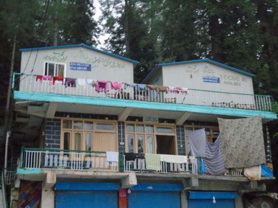 Lalazar Hotel And Restaurant