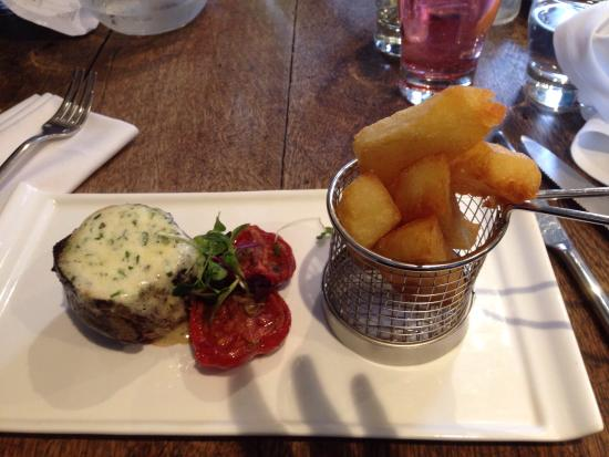 The Wheatsheaf at Bough Beech: Amazing steak and food. Sophie penny and Asia work well together in a team and a  very enjoyable