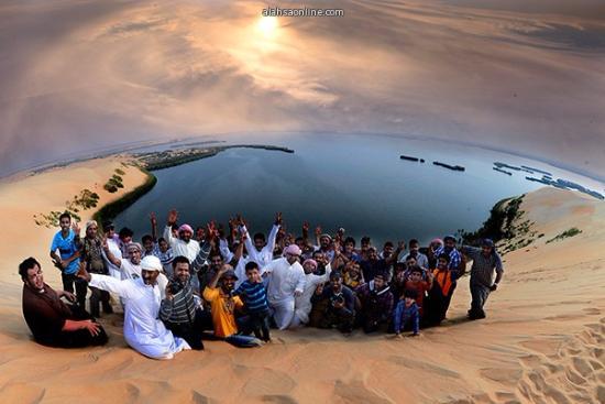 الأحساء, المملكة العربية السعودية: yellow lake image taking sunset time before mag rib salah.
