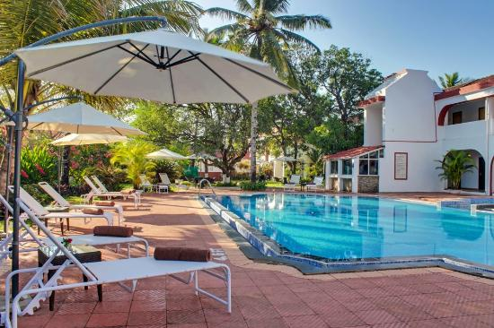 Photo of Longuinhos Beach Resort Colva