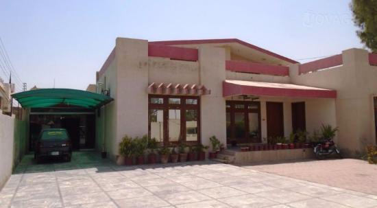 Shaheen Continental Hotel