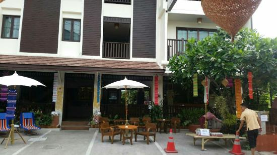 BB Mantra Hotel