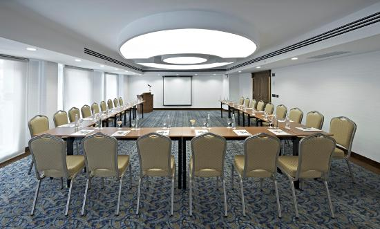 Senator Hotel: Meeting Room - Divan & Sofa