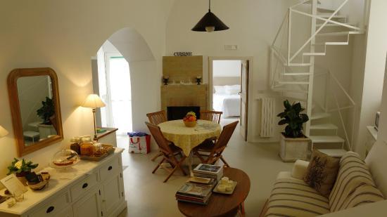 L'Angolo del Poeta: séjour salle à manger