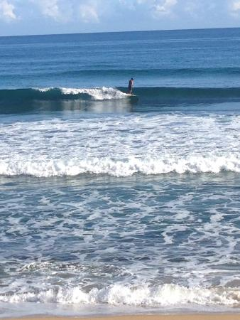 Casa Islena Inn: Quiet long waves!!!