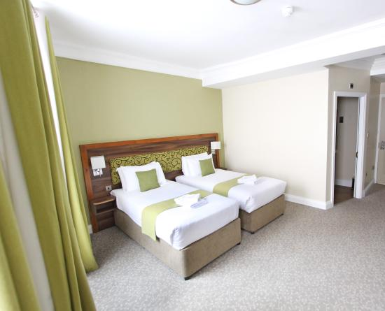 Surtees Hotel: Superior twin room