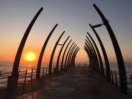 uMhlanga Sands Resort: Umhlanga promenade pier at sunrise