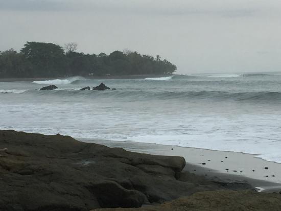 Pavones, Costa Rica: La gauche
