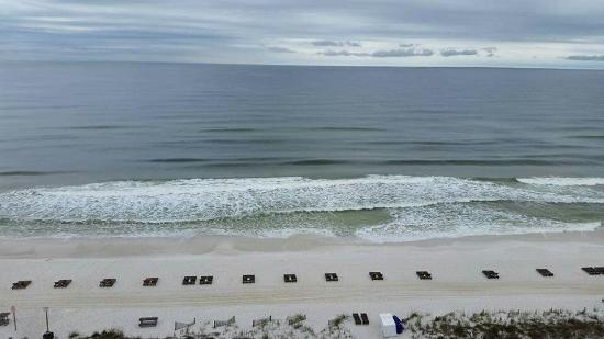Great hotel, friendly staff and beautiful sandy beach. ..