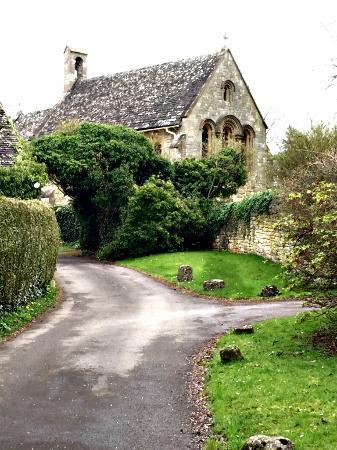 Southam, UK: B & B next to beautiful historic church