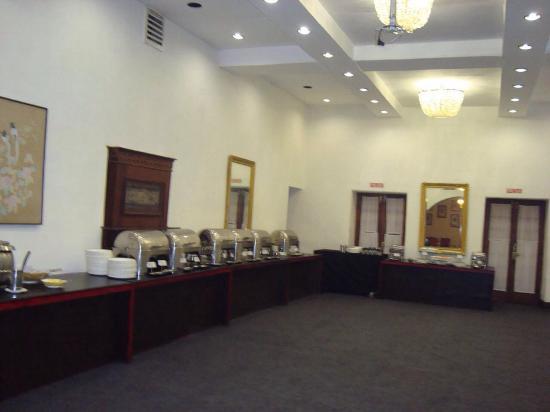 Taj Savoy Hotel, Ooty: Buffet spread !!