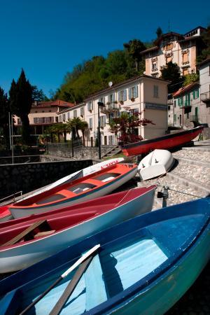 Hotel Camin Colmegna: attracco barche