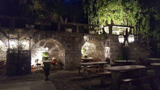 Tegna, Schweiz: 20160410_203915_large.jpg