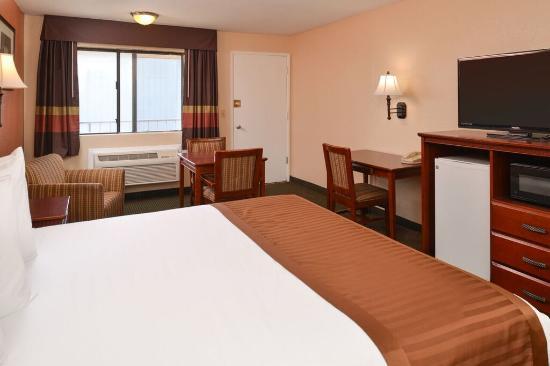 Americas Best Value Inn Bakersfield: Guest Room