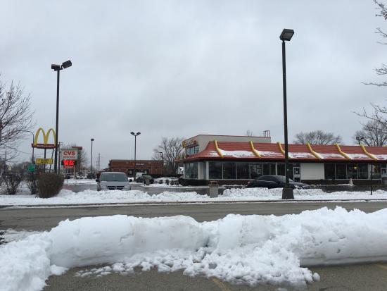 Bridgeview, IL: McD's Storefront.