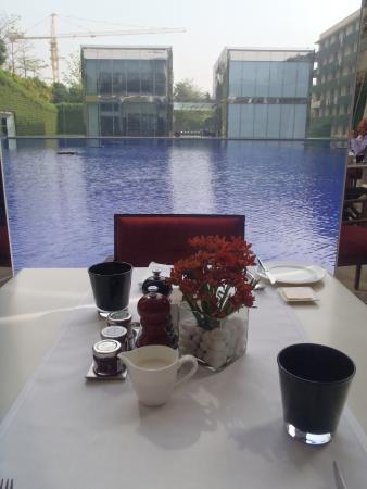 新德里歐貝羅伊飯店照片