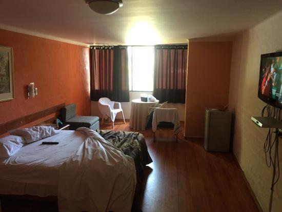 Holiday Suites : Muy buen lugar de descanso, el $ es fantástico para lo que ofrecen, ideal para ir con vehículo y