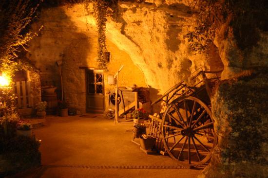 Les Caves de la Genevraie