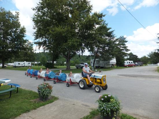 Corry, PA: Barrel Train Rides