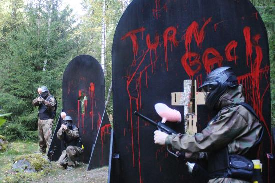‪Delta Force Paintball Stockholm‬