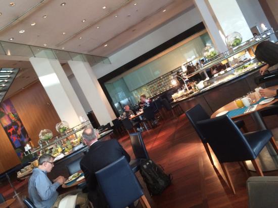 Hilton Copenhagen Airport: photo0.jpg